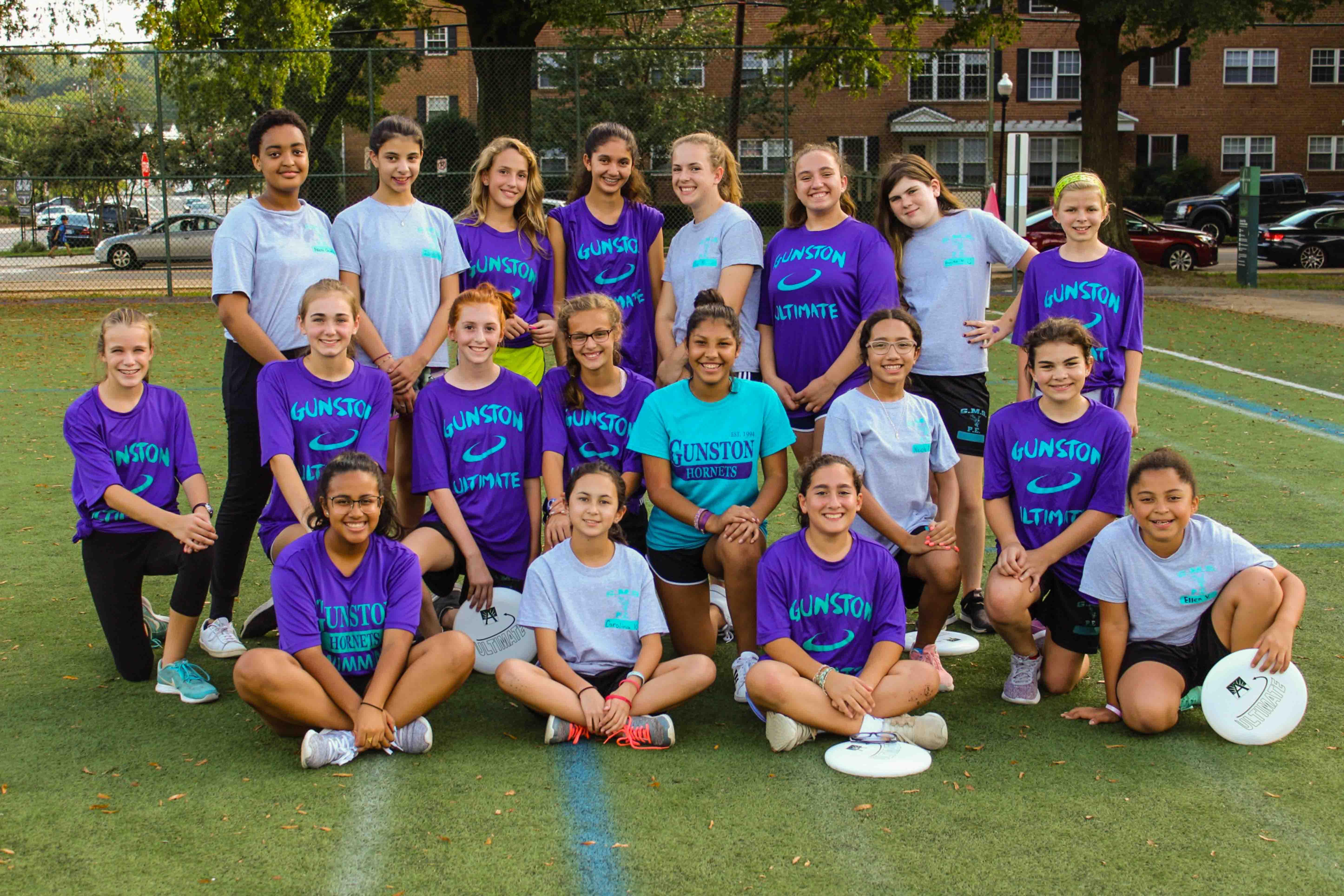 Girls' Frisbee Team 2018-2019
