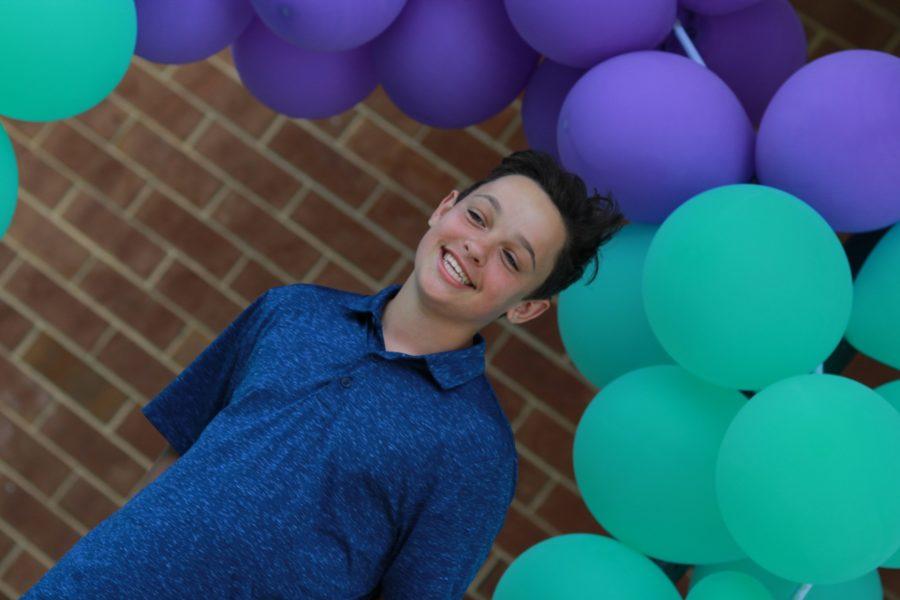 8th Grade 2020 Balloon Portrait 1